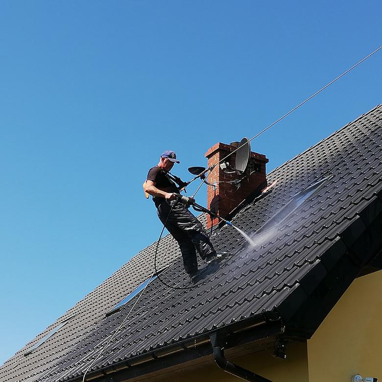 Czyszczenie dachów i rynien